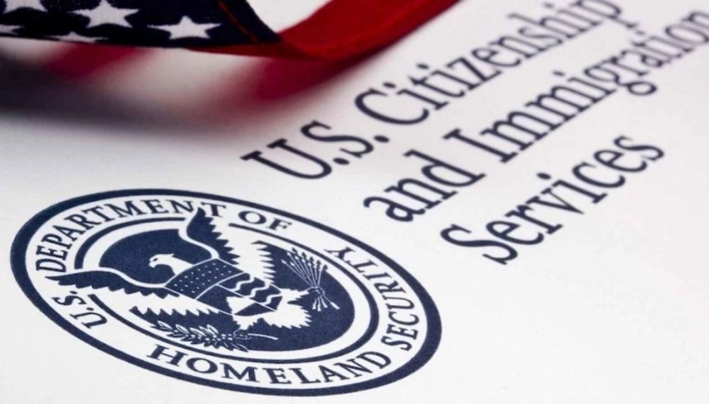 【移民法律】移民局10月2号申请费涨价,但移民局依然一大半关门